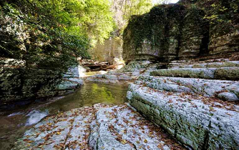 Агурское ущелье фото