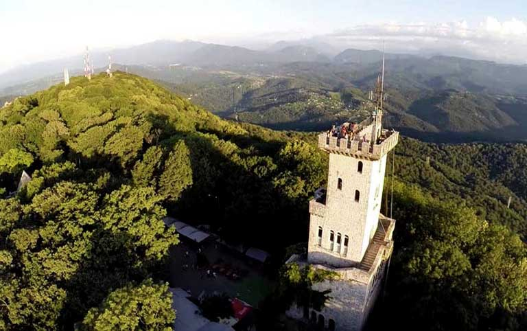Гора Ахун обзорная башня